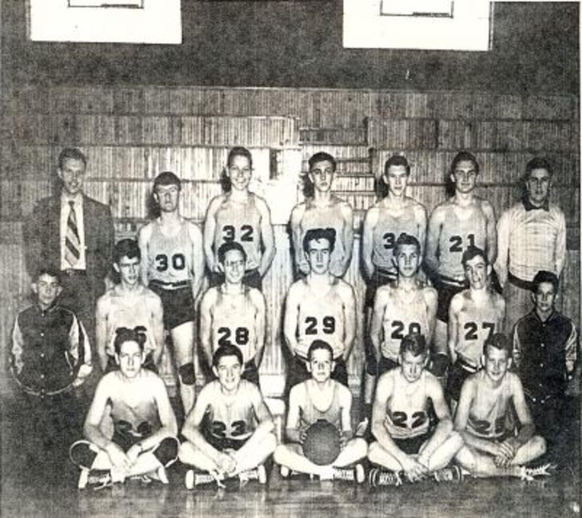 1949-50 PENDLETON HIGH SCHOOL BOYS BASKETBALL TEAM