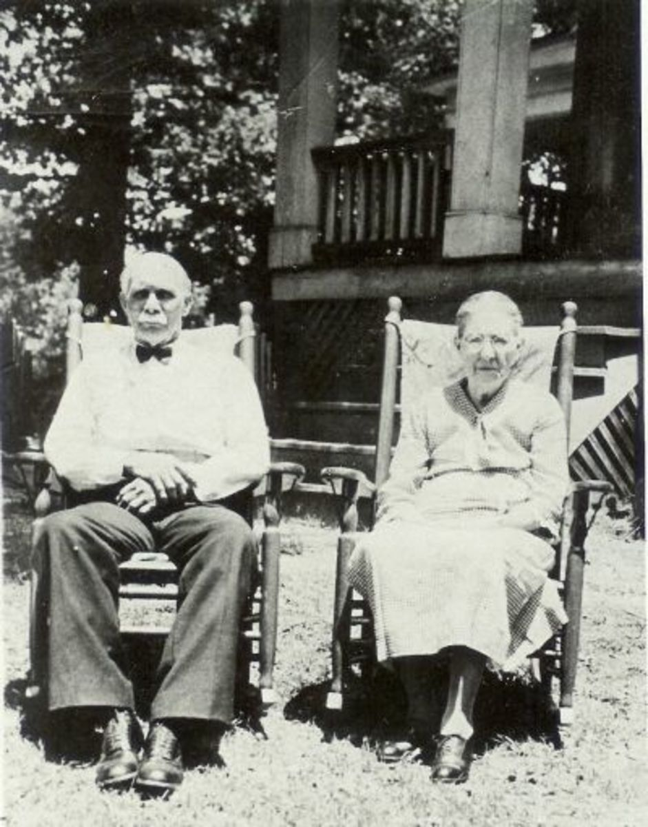 Sam Hall and Lou Crenshaw Hall (Arthur Hall's parents and grandparents of Ronald Hall)