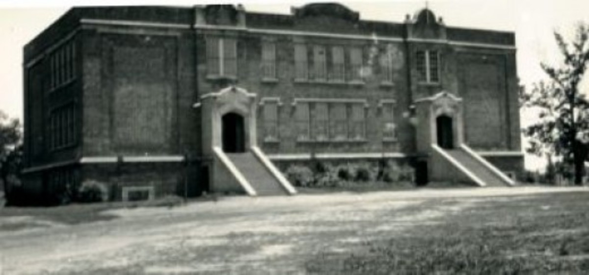 Old Pendleton High School Torn Down in 1961