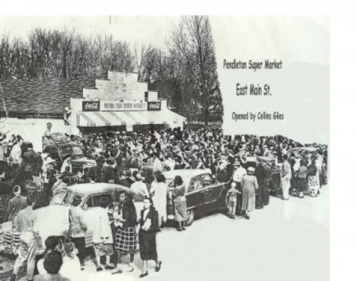Giles Food Store Grand Opening