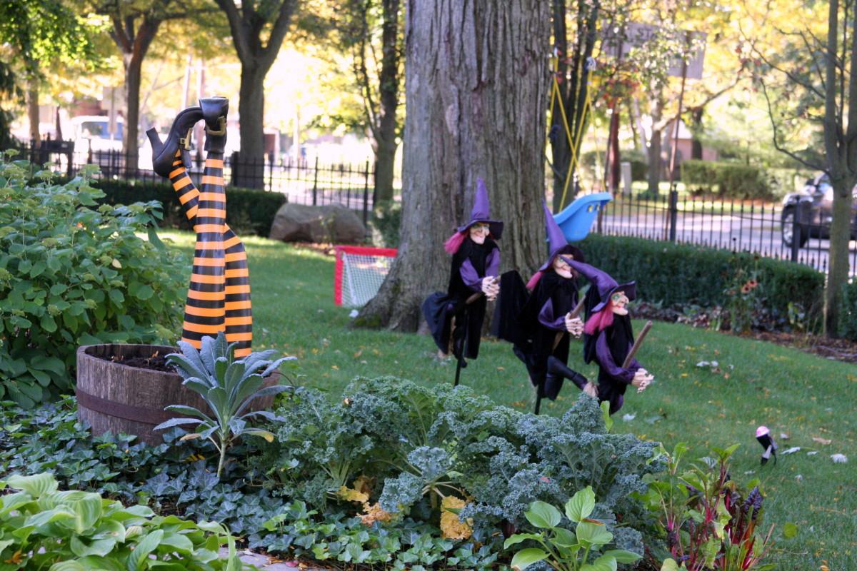 Scariest Halloween Decorations  deedsphotos