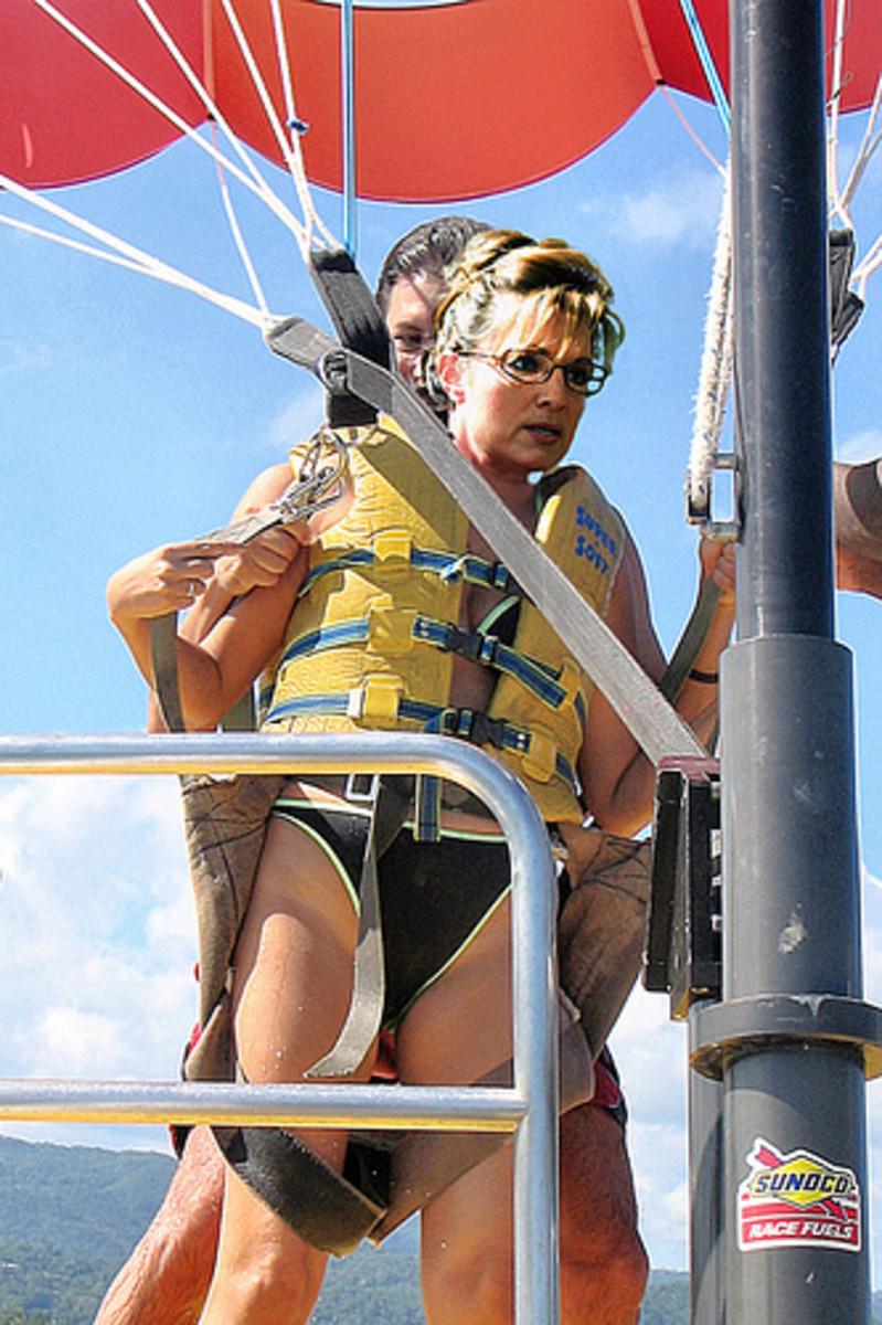 """Para Sailin' Sarah Palin,"" makelessnoise,  http://www.flickr.com/photos/makelessnoise/2945024014/"