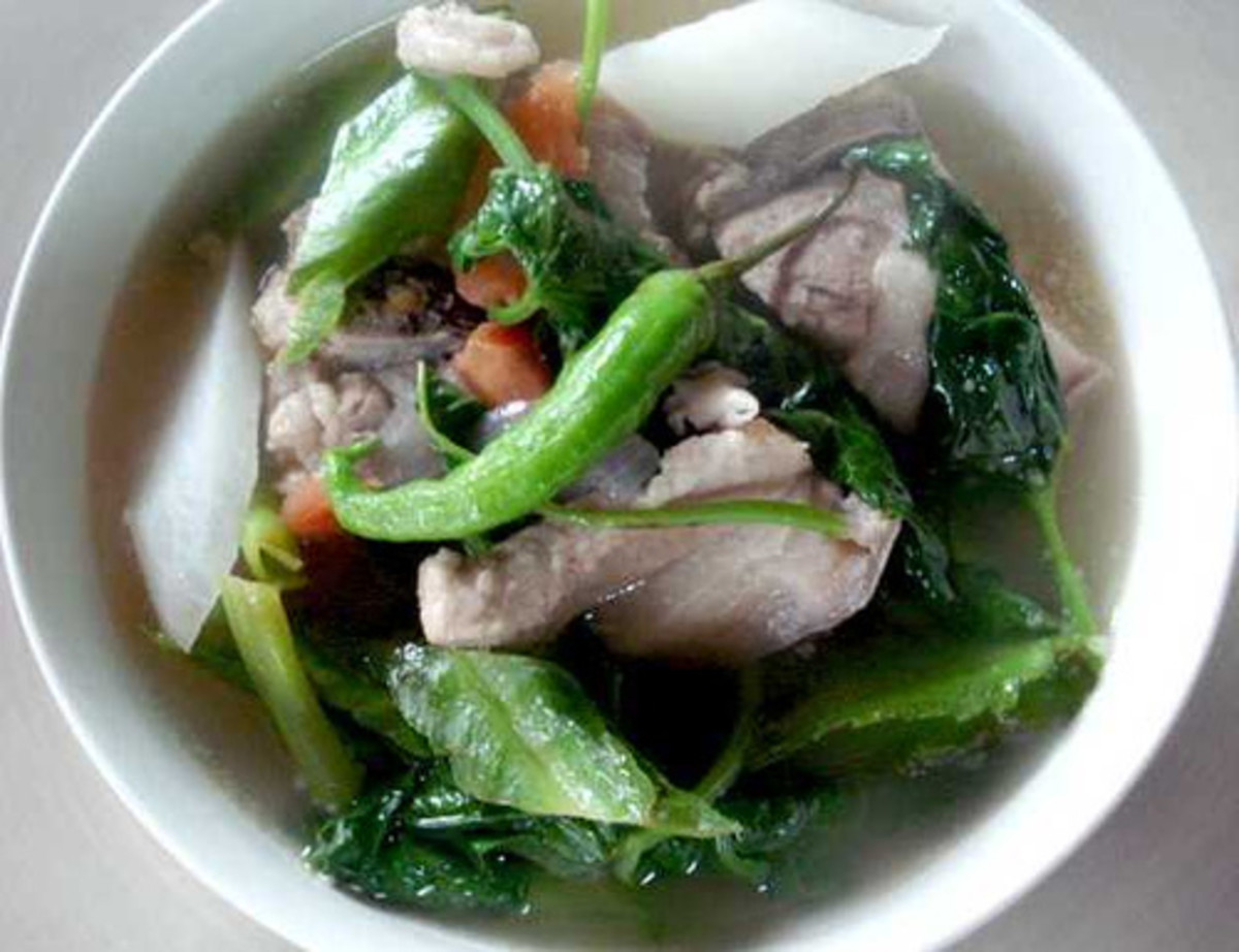 Pork in Sour Broth (Sinigang na Baboy) (Photo courtesy by Chboogs from Flickr)