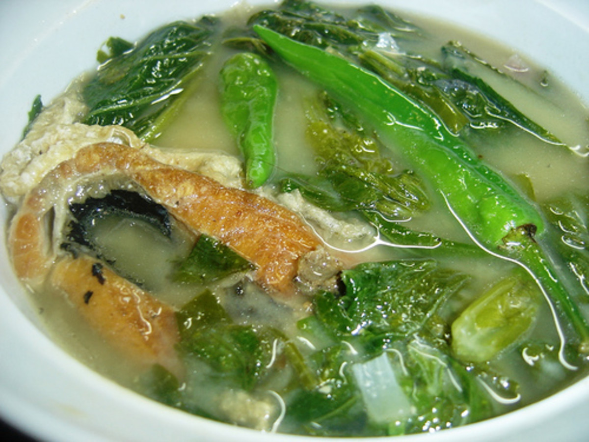 Milkfish in Sour Broth (Sinigang na Bangus) (Photo courtesy by A-yi-pee from Flickr)