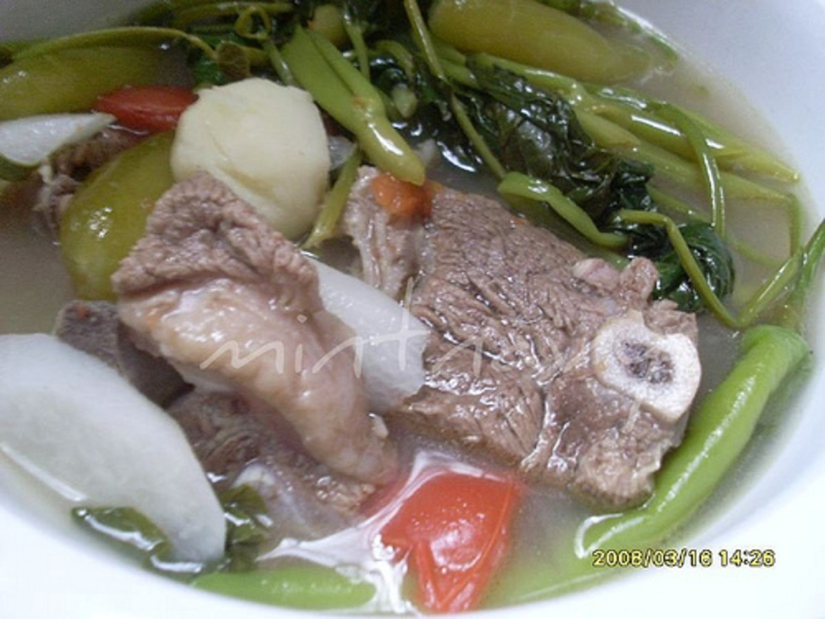 Beef in Sour Broth (Sinigang na Baka) (Photo courtesy by mintnavy from Flickr)