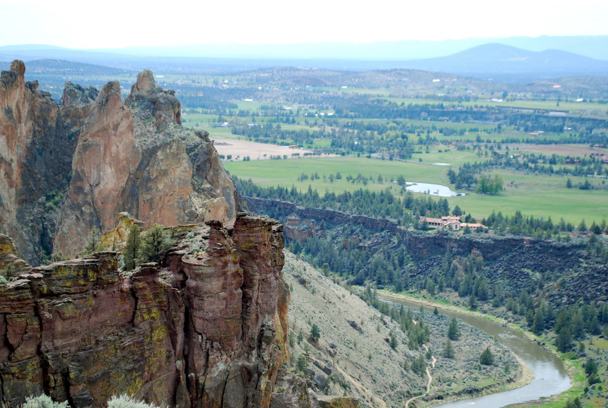 Redmond, Oregon lies to the west of Smith Rock State Park (c) Stephanie Hicks