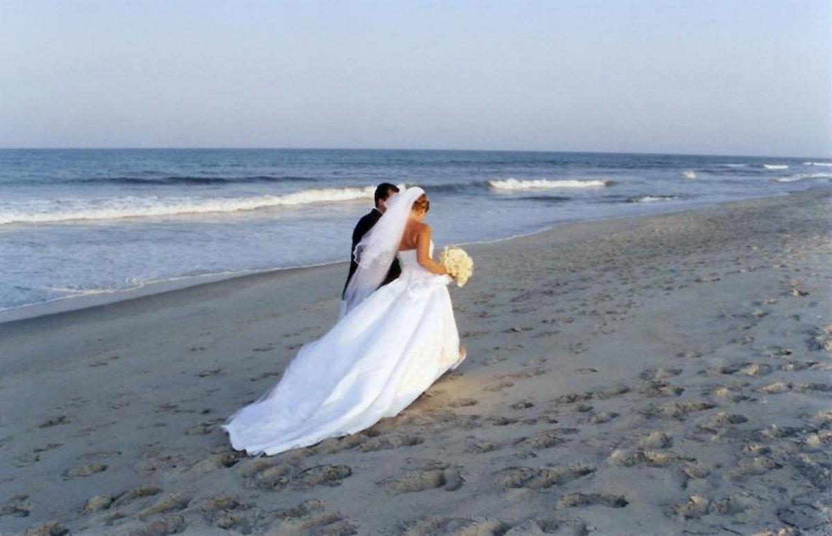 Beach wedding theme idea