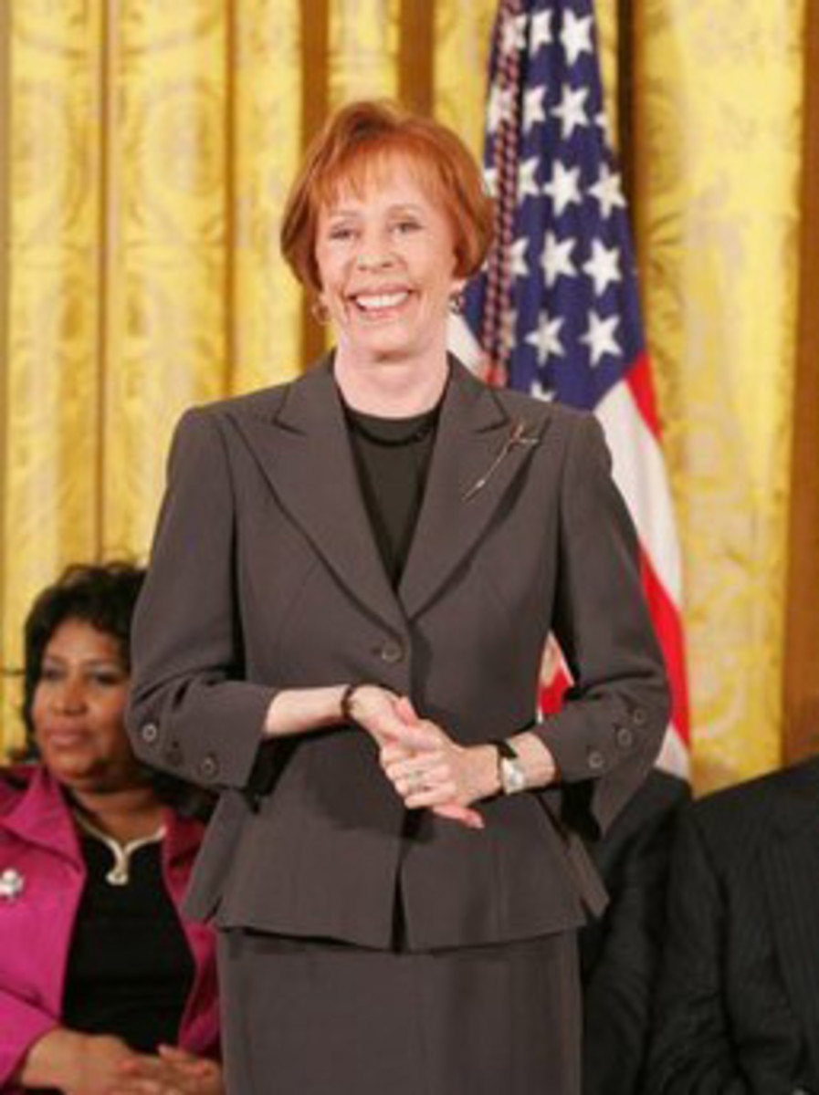 Carol Burnett at White House 2005