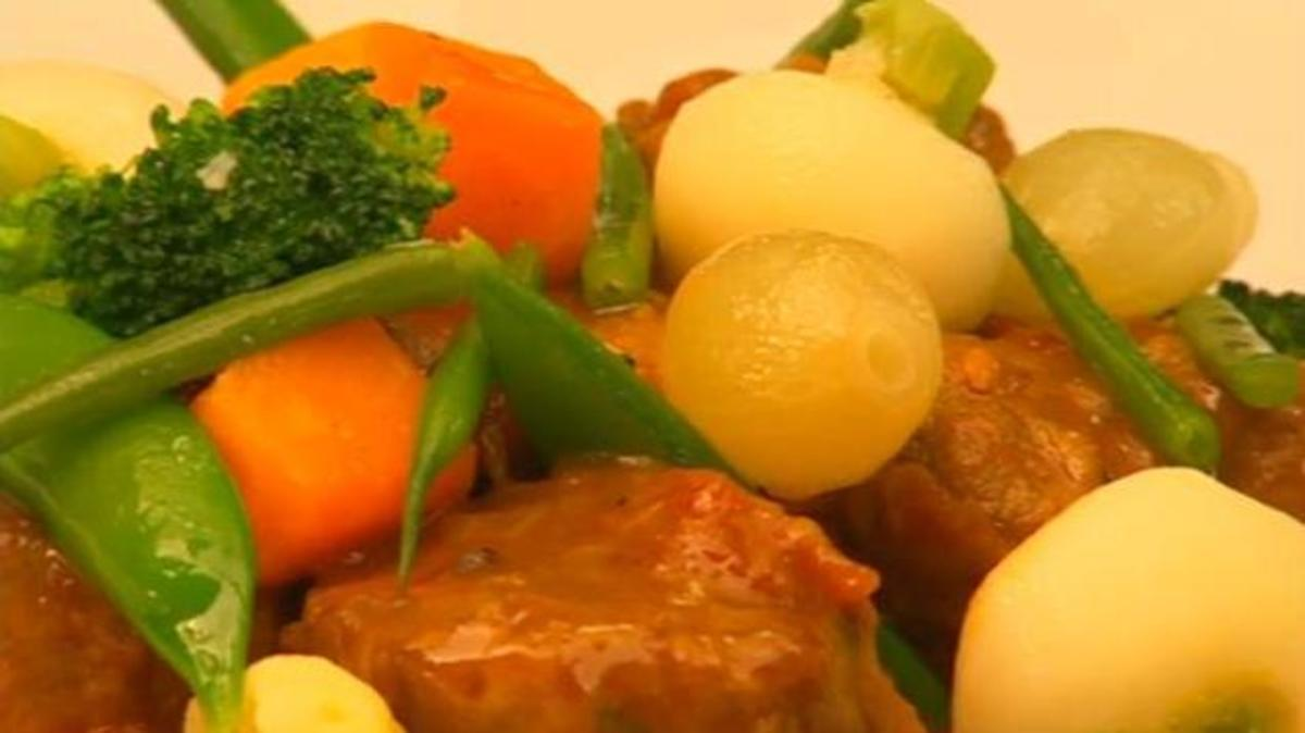Navarin of Lamb: Neck of lamb with blanch-fried fresh vegetables