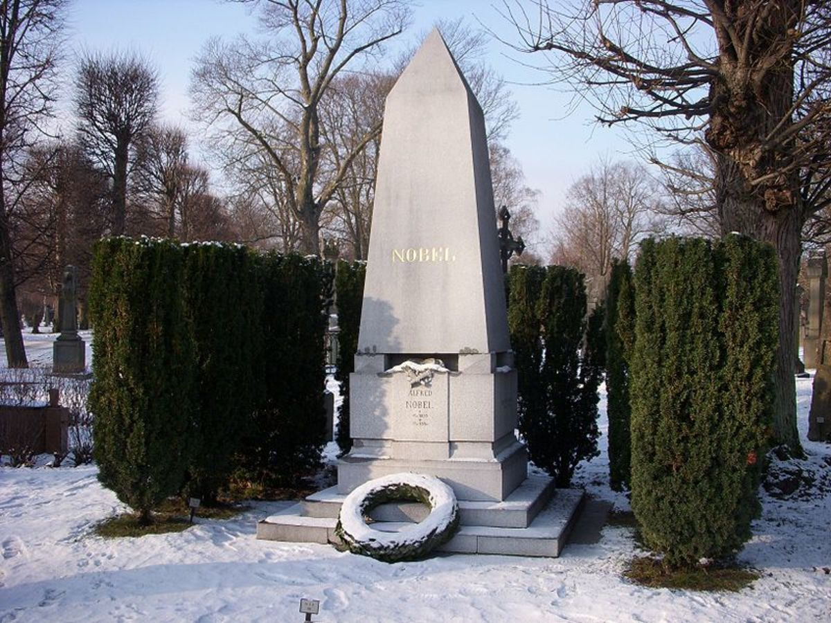 Nobel's grave, Stockholm.  Image courtesy Holger Ellgaard and Wikipedia Commons.