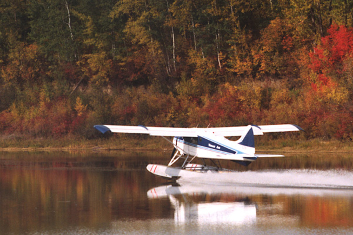 A DeHavilland Beaver bush plane takes off near Fort MacMurray, Alberta.  Image courtesy of the Regional Municipality of Wood Buffalo and Wikipedia Commons.