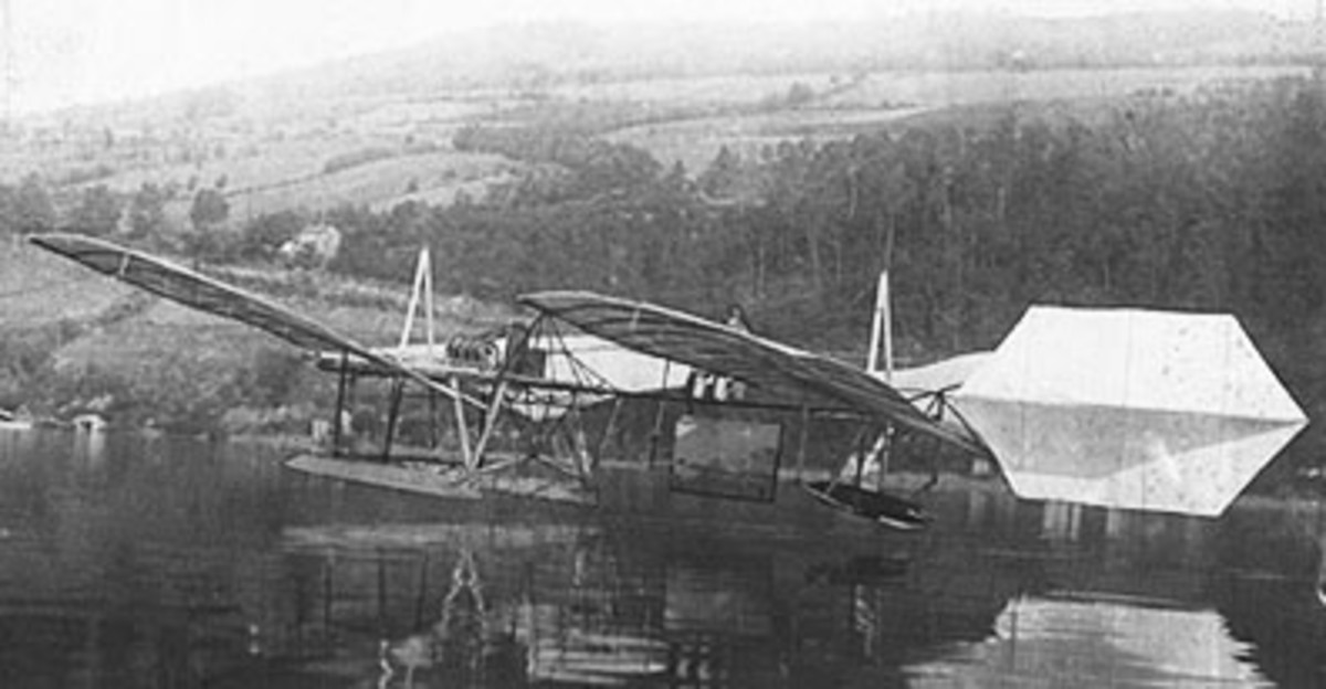 "The Curtiss-modified ""Great Aerodrome"" finally flies, September 1914."