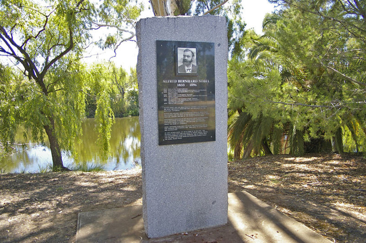 Nobel memorial, Wagga Wagga, New South Wales, Australia.  Image courtesy Bidgee and Wikipedia Commons.