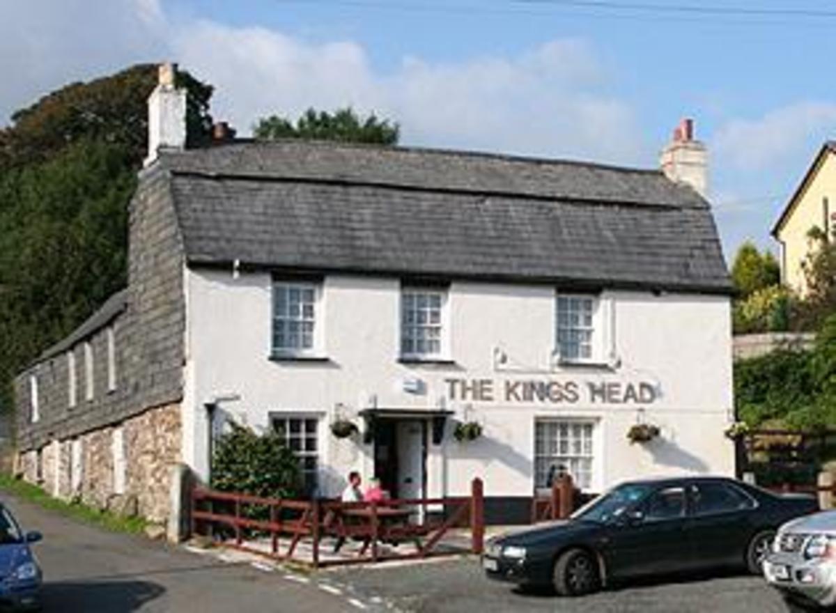 Haunted Pubs and Inns in Cornwall: Kings Head, Altarnun, Cornwall