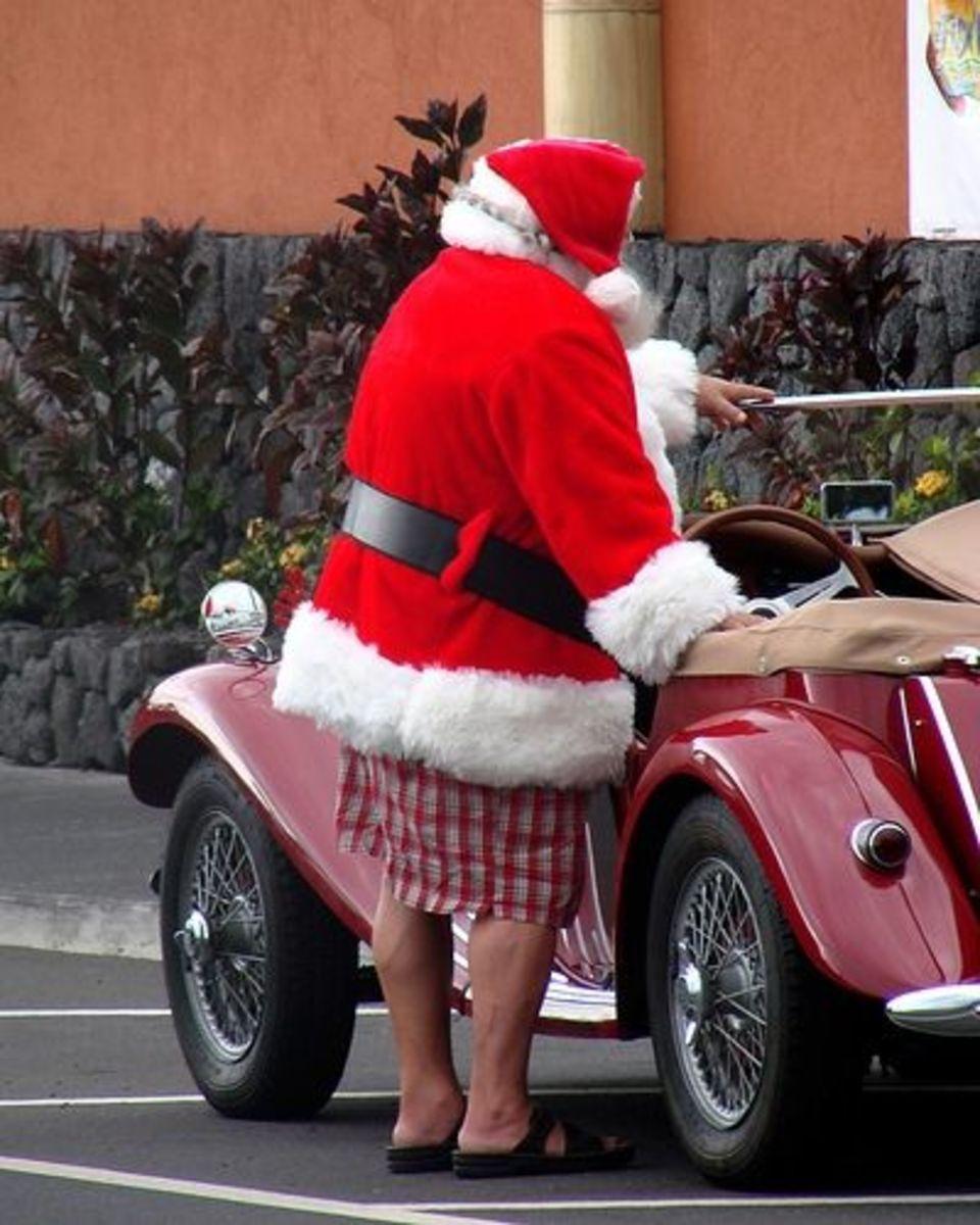 Christmas in Hawaii - Santa wearing shorts