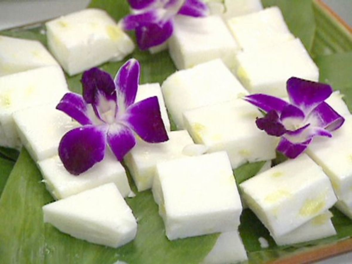 Haupia (coconut pudding) with pineapple