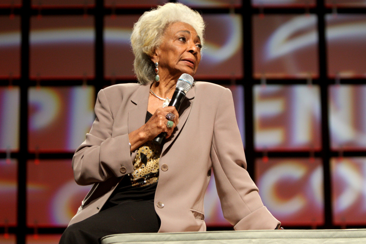 Nichelle Nichols recruited many minority and women astronauts for NASA.