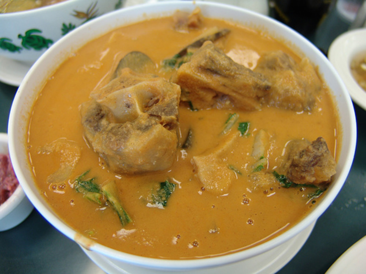 Kare-Kare - Ox Tail Stew (Photo courtesy by takaokun from Flickr.com)