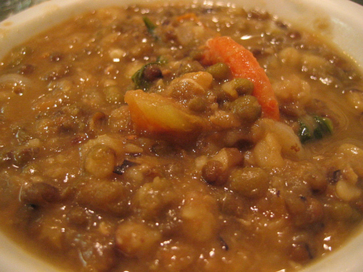 Ginisang Munggo - Sauteed Boiled Mungbean (Photo courtesy by roland from Flickr.com)