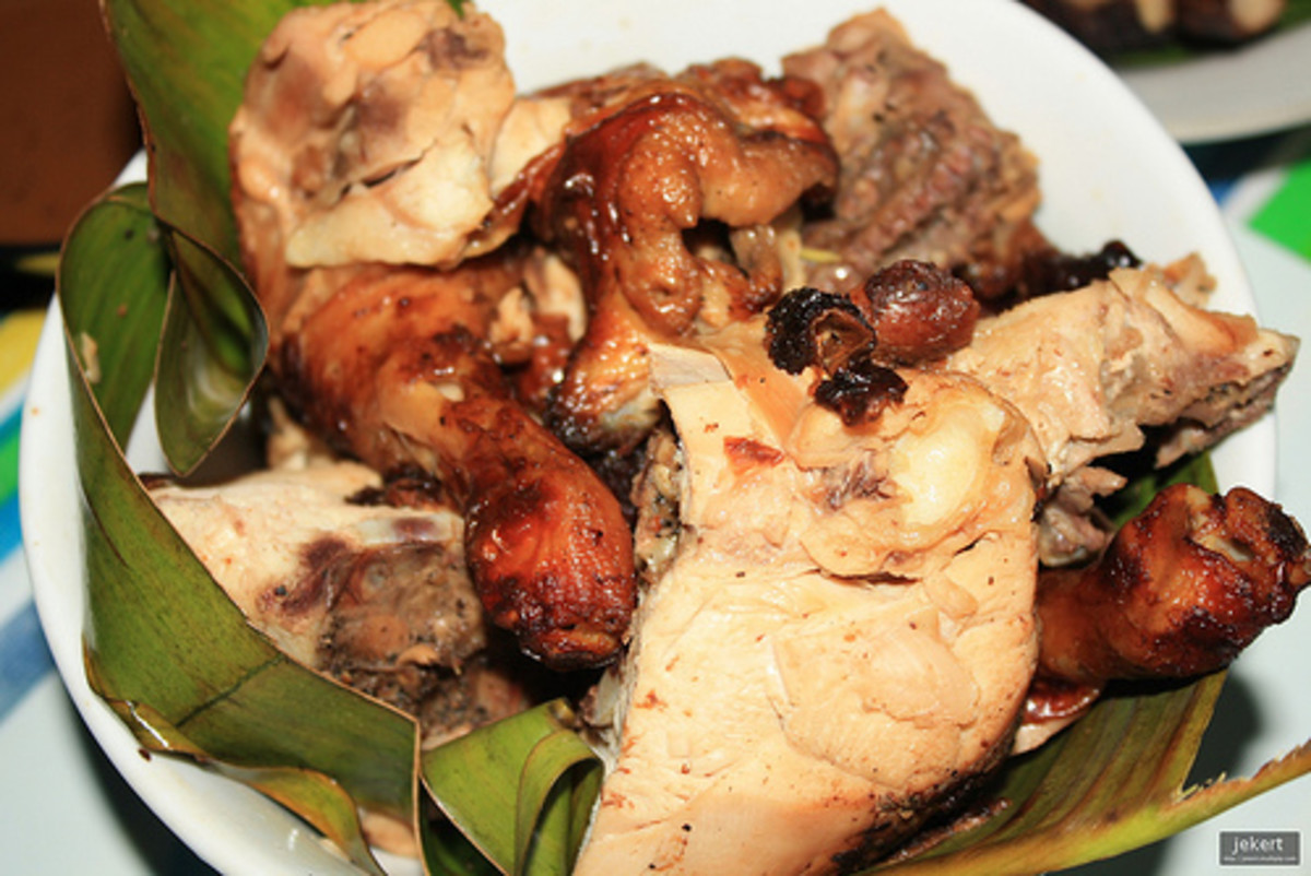 Lechon Manok - Roasted Whole Chicken (Photo courtesy by jekert gwapo from Flickr.com)