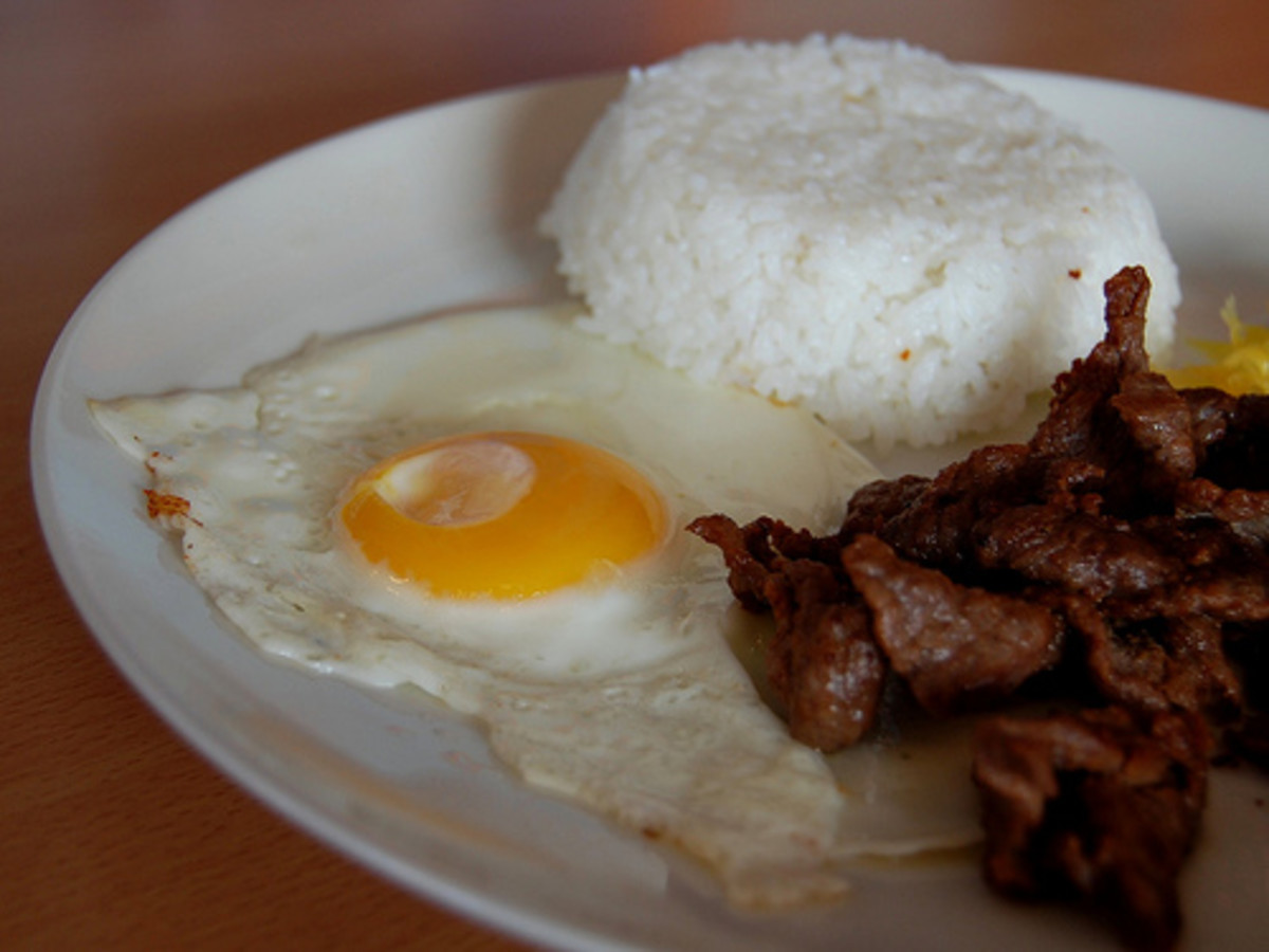 Tapsilog - Rice with Beef Jerky and Sunny Egg (Photo courtesy by ~MVI~ from Flickr.com)