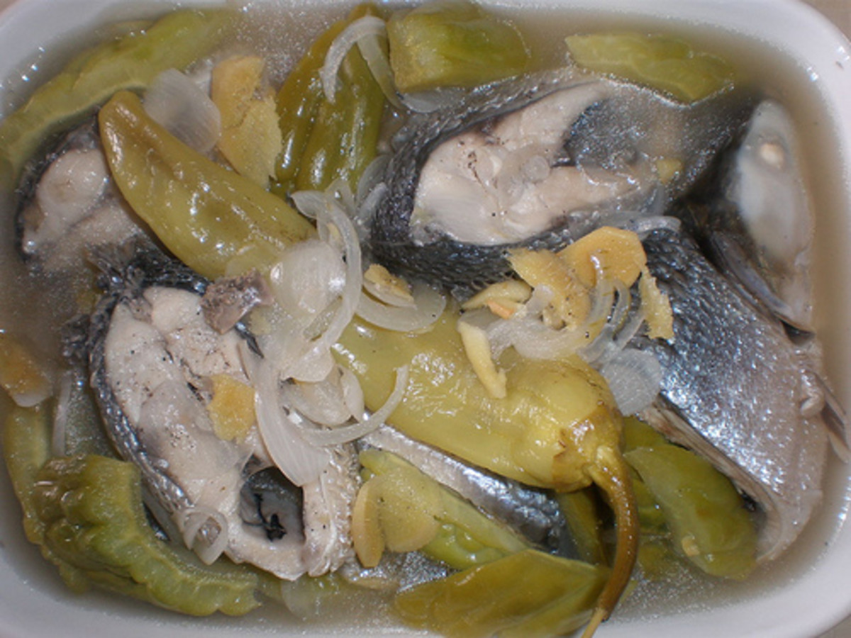 Paksiw na Bangus - Milkfish Cooked in Vinegar (Photo courtesy by AiLyn_nop from Flickr.com)