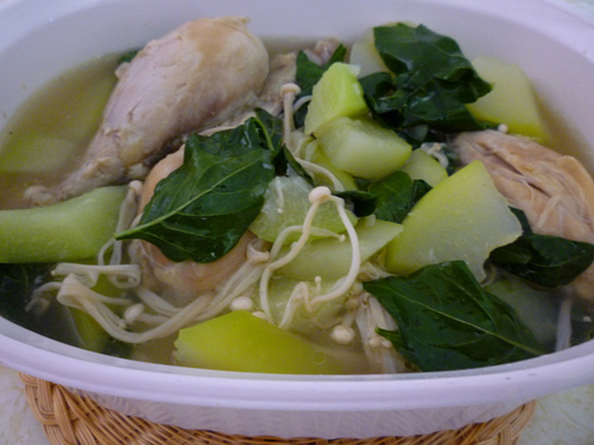Chicken Tinola (Photo courtesy by melyjohnson from Flickr.com)