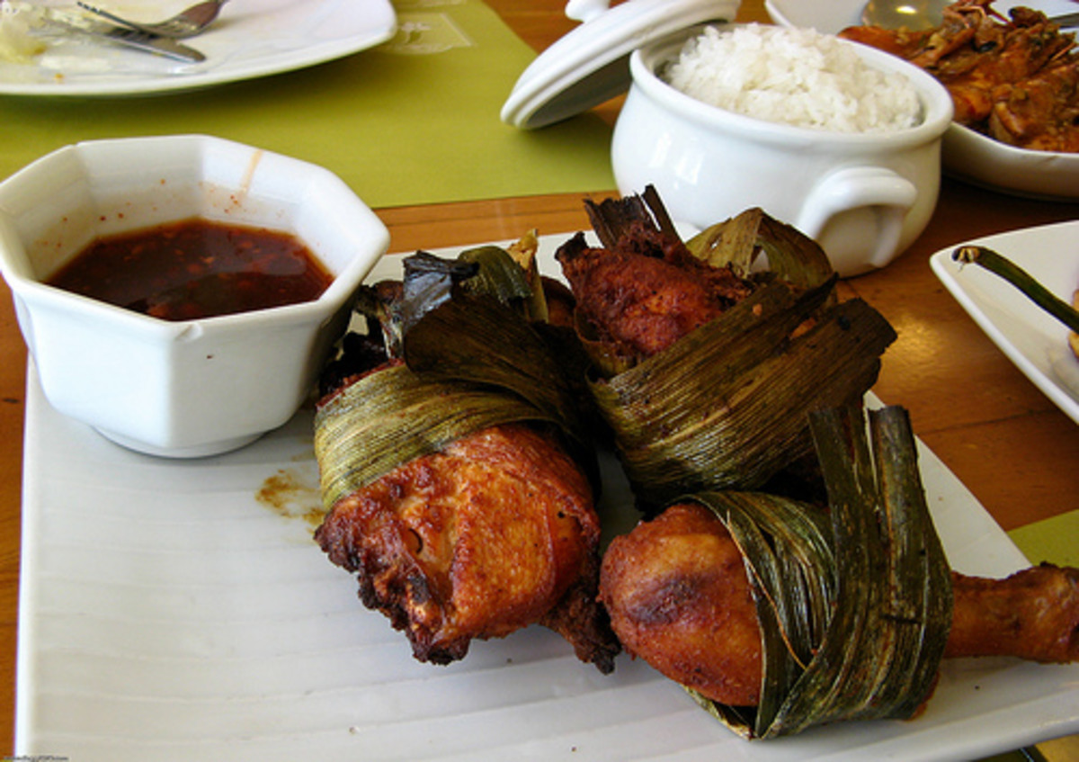 Chicken Cooked in Pandan Leaves (Photo courtesy by dbgg1979 from Flickr.com)