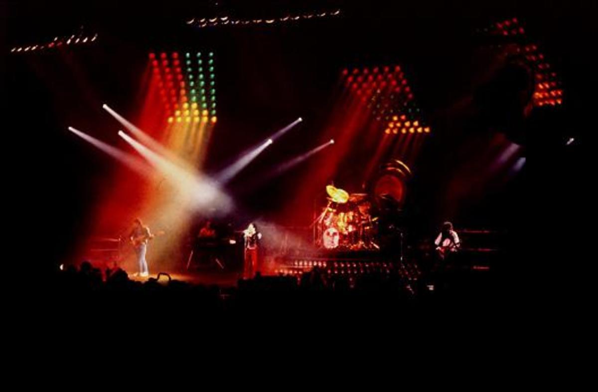queen live performance