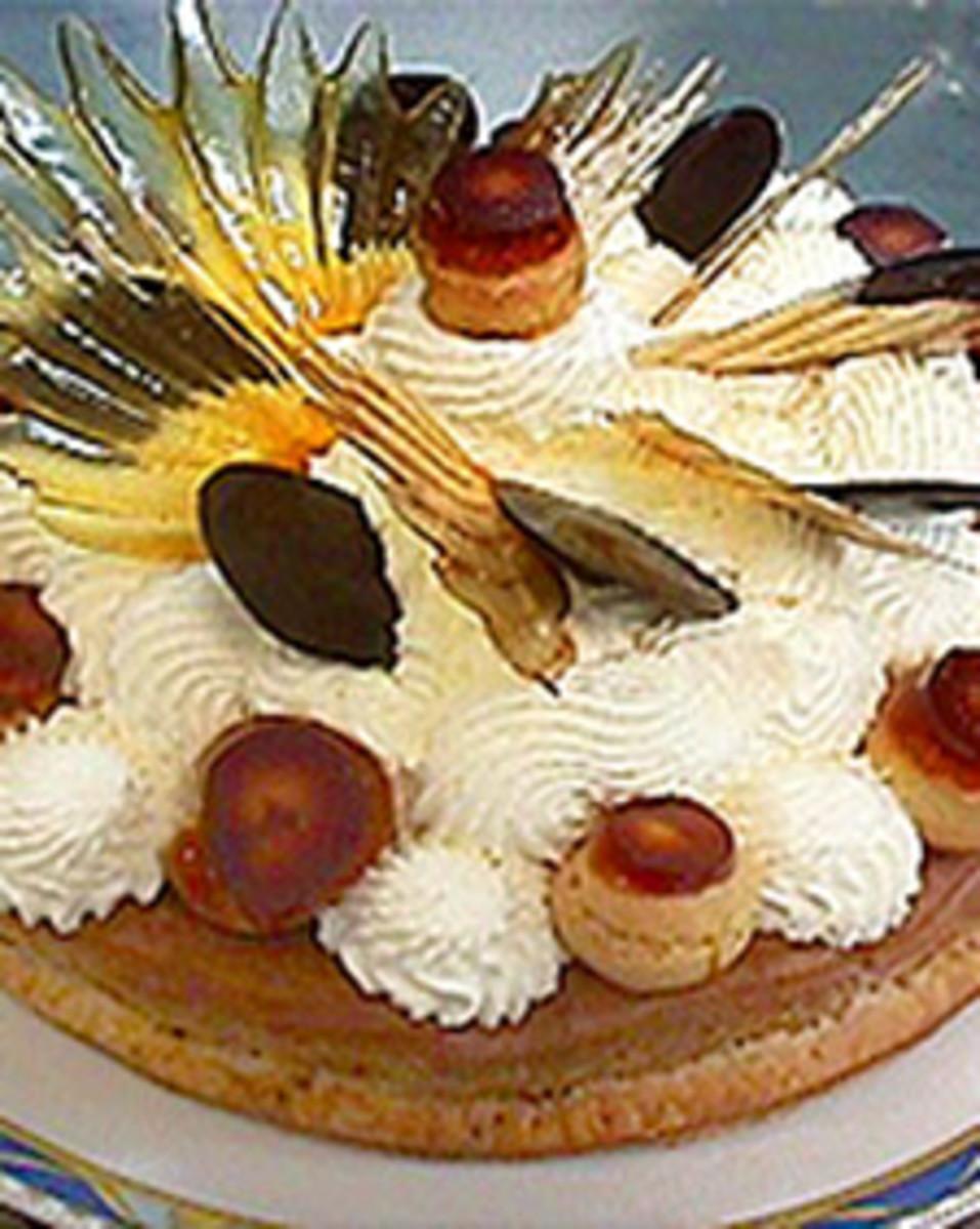 Honore' Cake - very elegant!