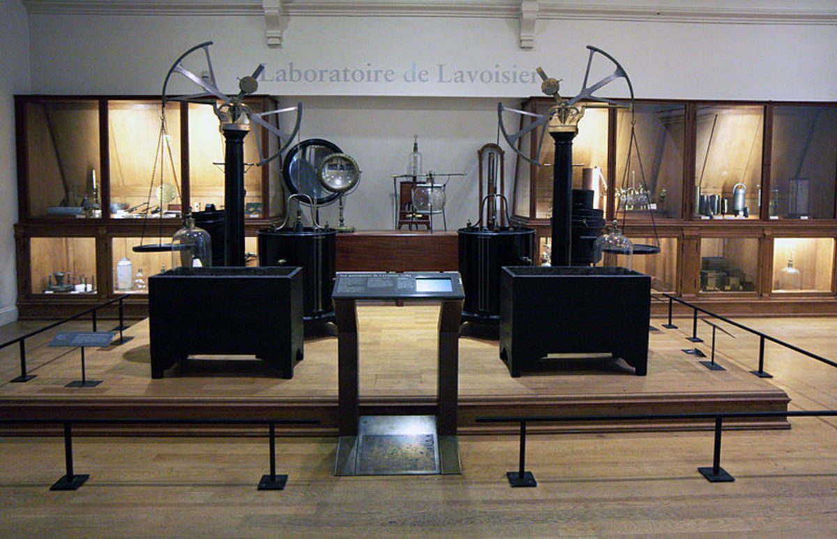 I don't use the term awesome easily, but looking at the instruments that created truly modern science, I was in awe. Lavoisier was rich and spent a huge fortune for these instruments. Sadly, he was killed in the Revolution.