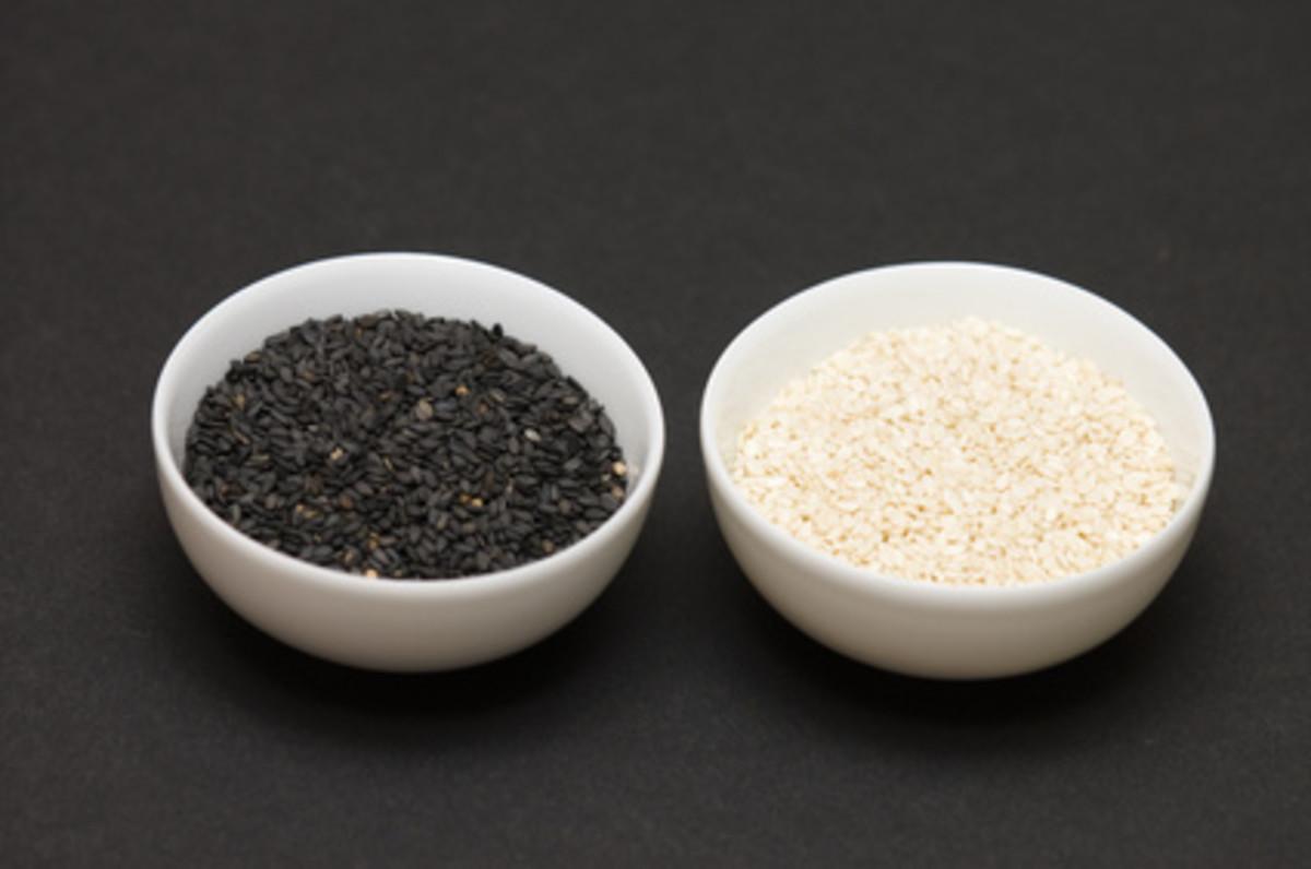 Black and White Sesame seeds. Image:  Radhoose - Fotolia.co