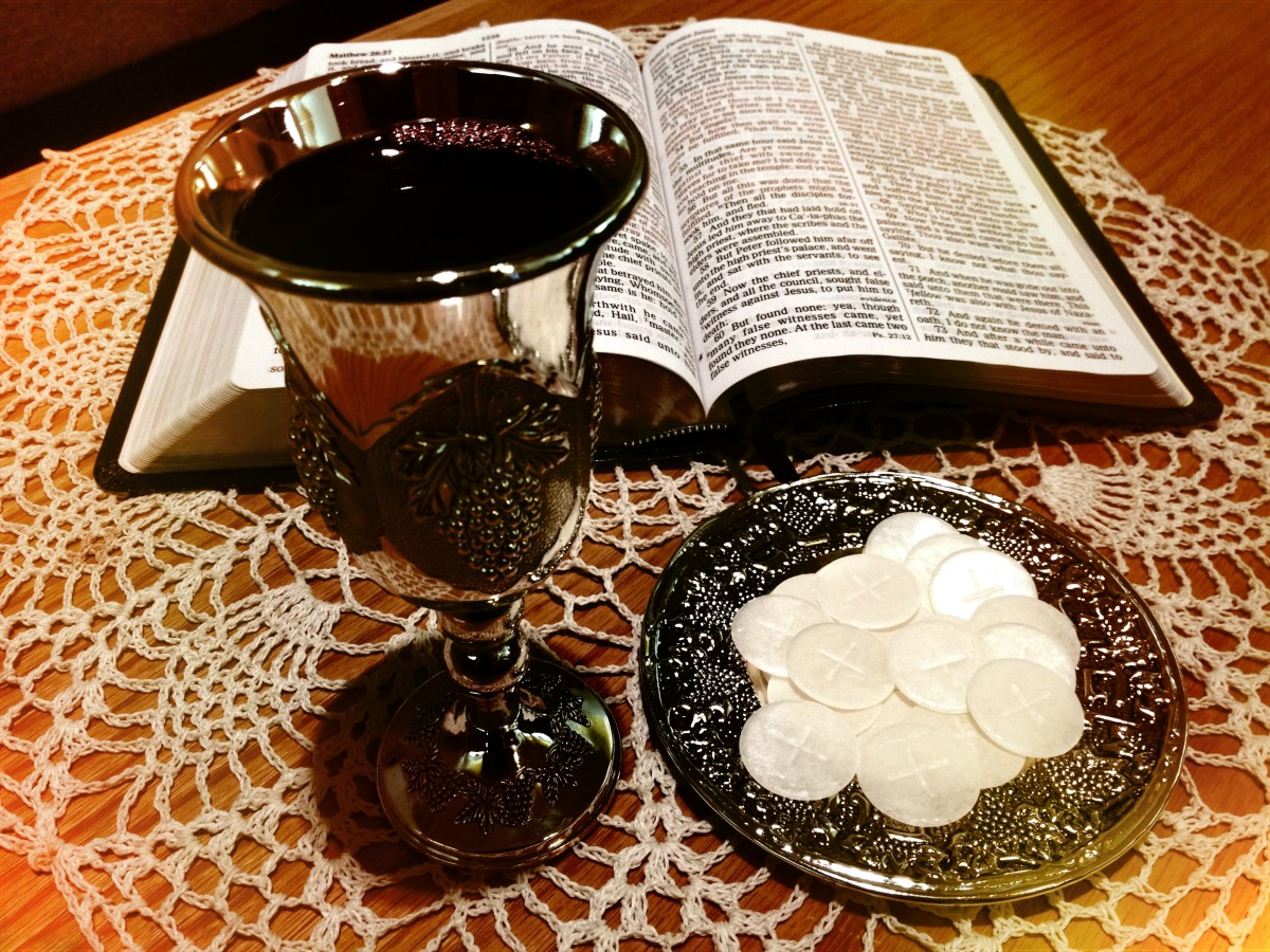 all-five-senses-should-be-involved-in-holy-communion