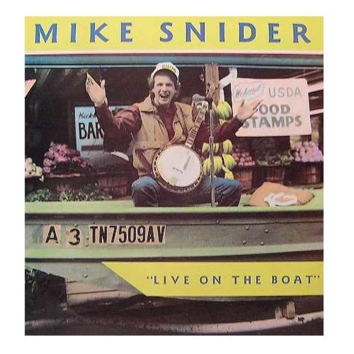 mike-snider-a-pickin-and-a-grinnin-the-banjo-playing-comedian