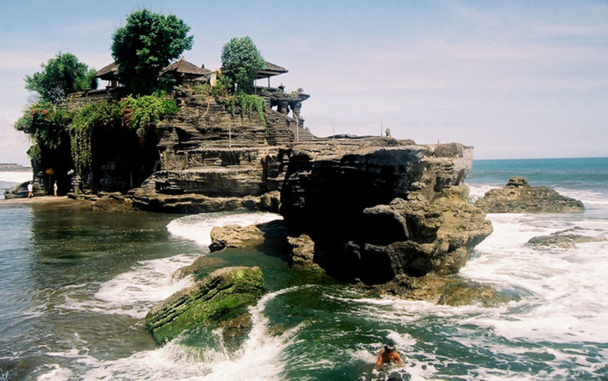 Tanah Lot Temple, village of Beraban in the Tabanan Regency.