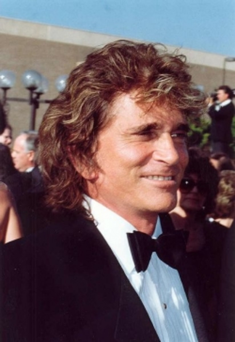 """Michael Landon 1990"" by Alan Light - http://www.flickr.com/photos/alan-light/210420911/in/set-72157594230531358/. Licensed under Creative Commons Attribution 2.0 via Wikimedia Commons - http://commons.wikimedia.org/wiki/File:Michael_Landon_1990.jpg#"