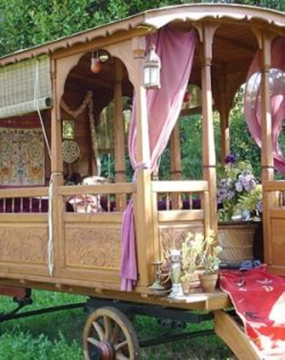 A Romany-Style Wagon, click to follow the link to the article.