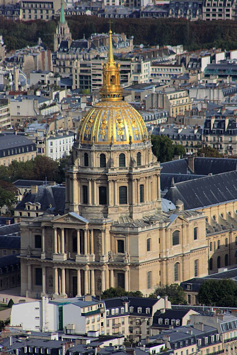 View from Montparnasse looking north at the domed church of Les Invalides