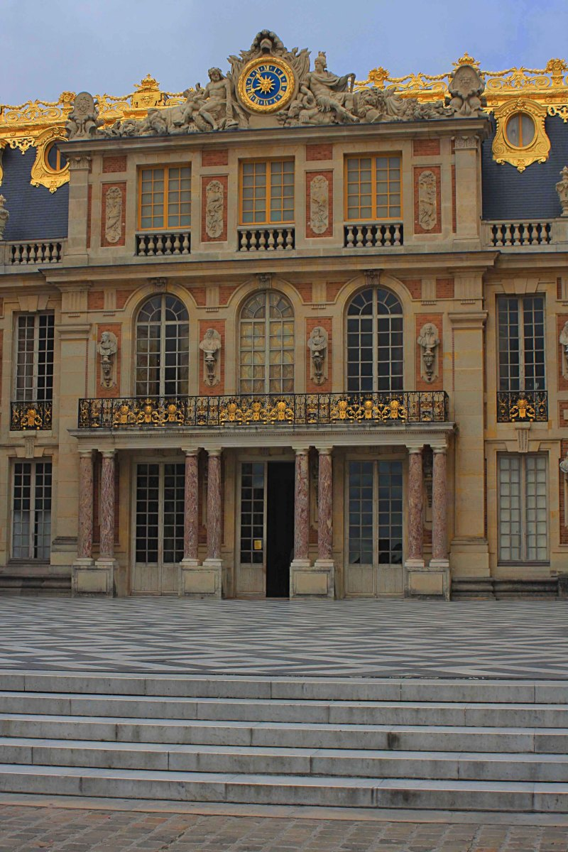 This is the main entrance to Versailles Palace via the Marble Courtyard
