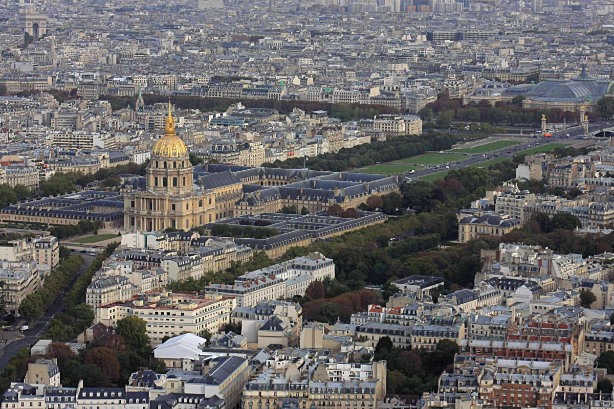 View from Montparnasse. This image to the north includes the dome of Les invalides, the Esplanade des Invalides, Grand Palais top right, and Arc de Triomphe top left