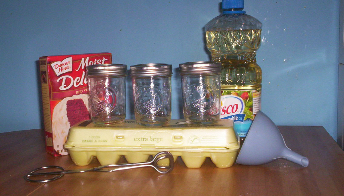 Supplies to make the cake in a jar.