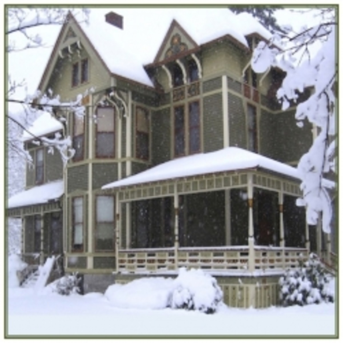 Energy Efficient Winter Decorating Victorian Style