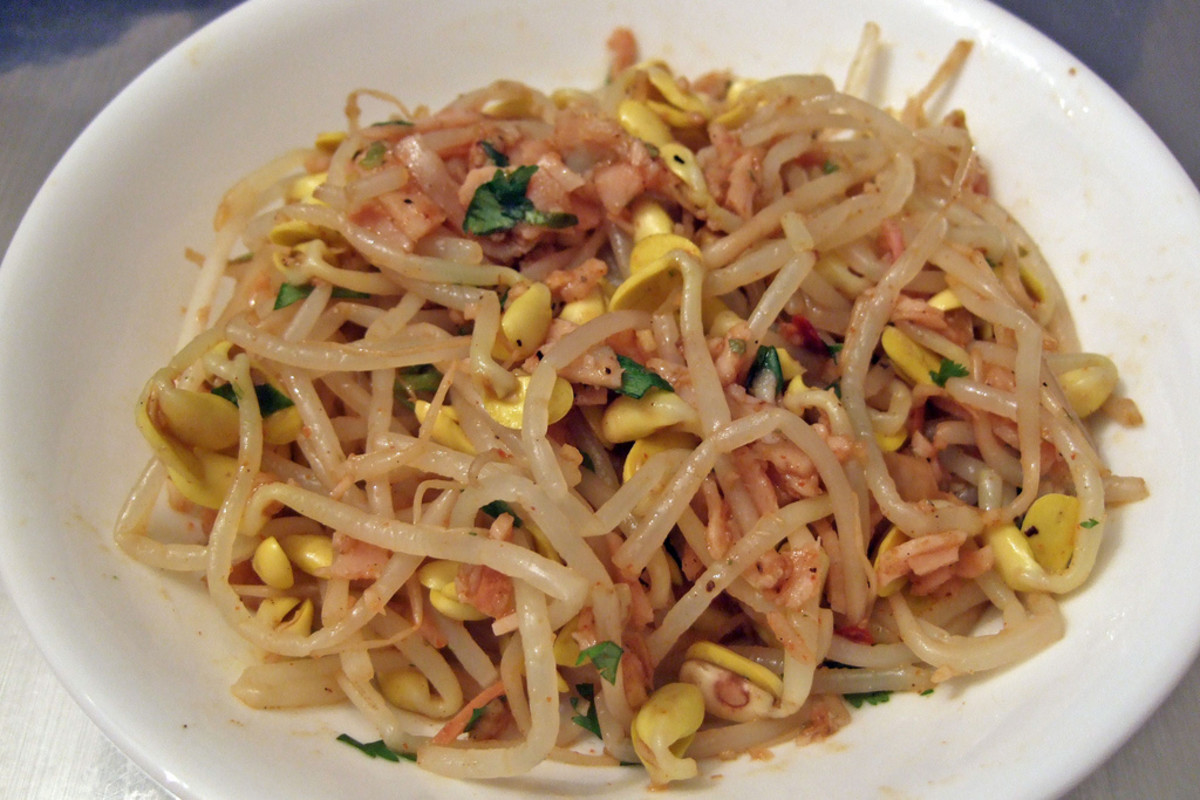 Stir-Fried Bean Sprouts with Bean Sauce