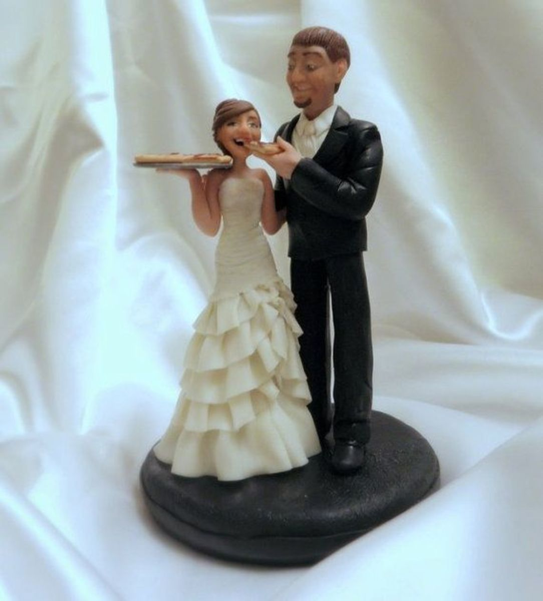 laugh-out-loud-funny-wedding-cake-toppers