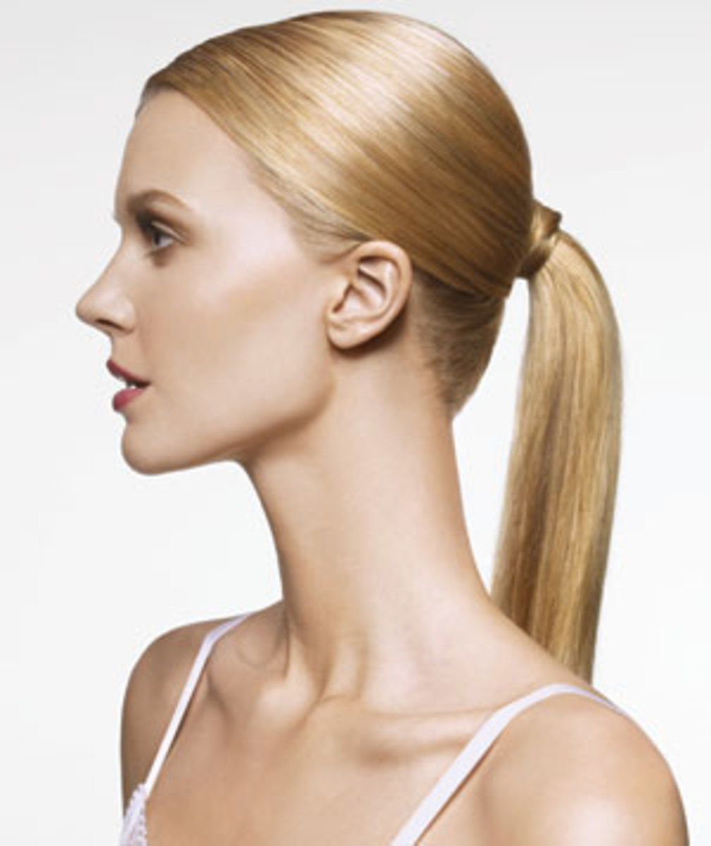 The perfect ponytail can give you the look of a model.
