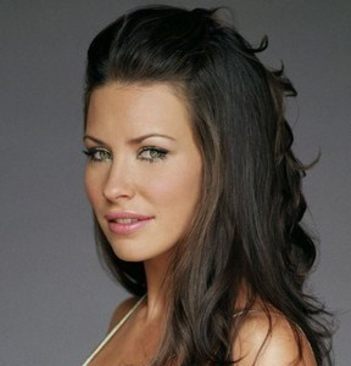 Evangeline Lilly's Makeup