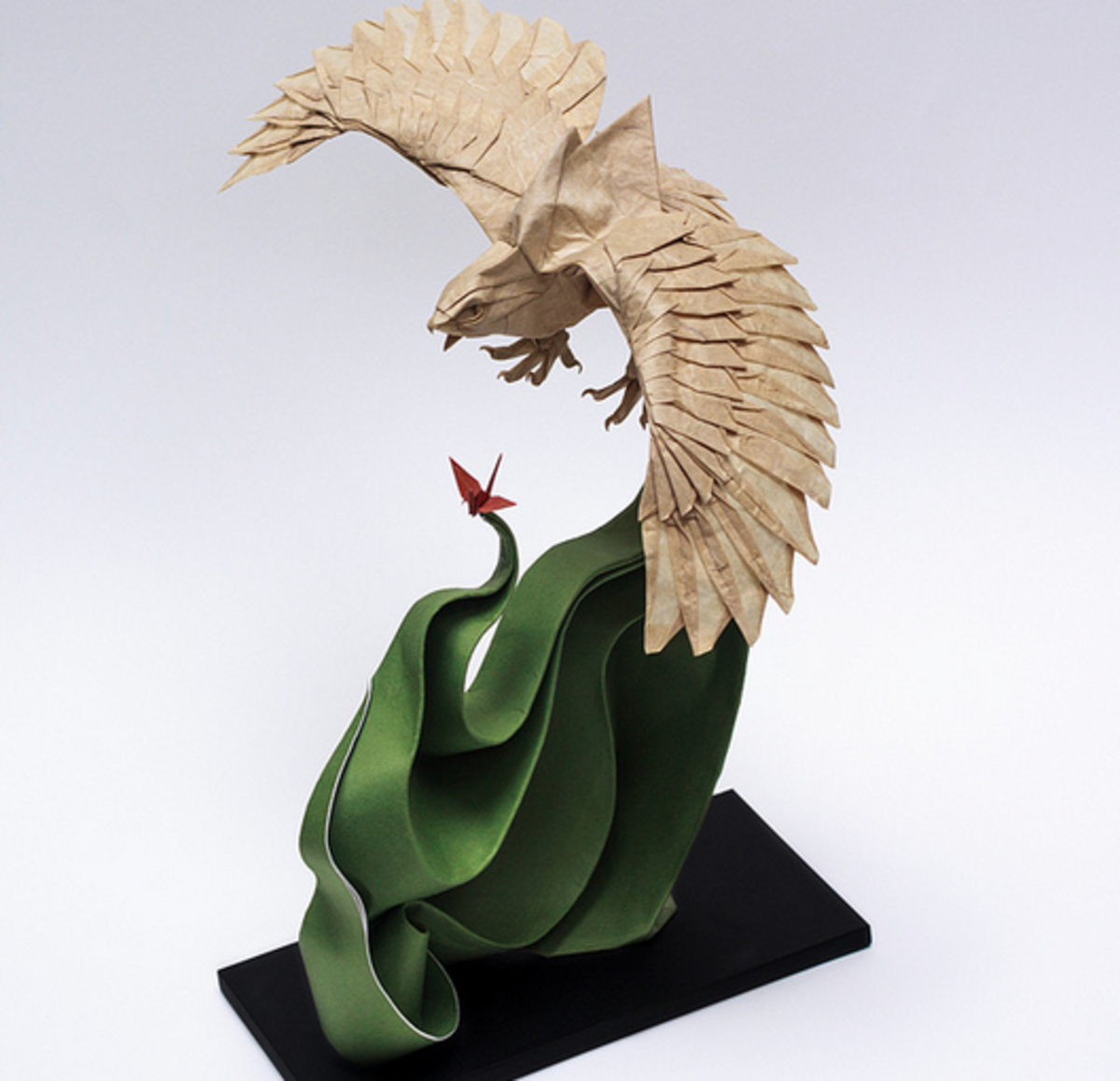 Stunning Origami Artwork by Nguyen Hung Cuong
