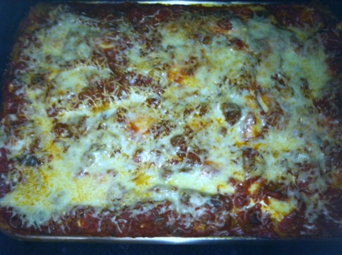 18 pounds of Sunshine's Meaty and Cheesy Lasagna. Photo taken by Sunshine.
