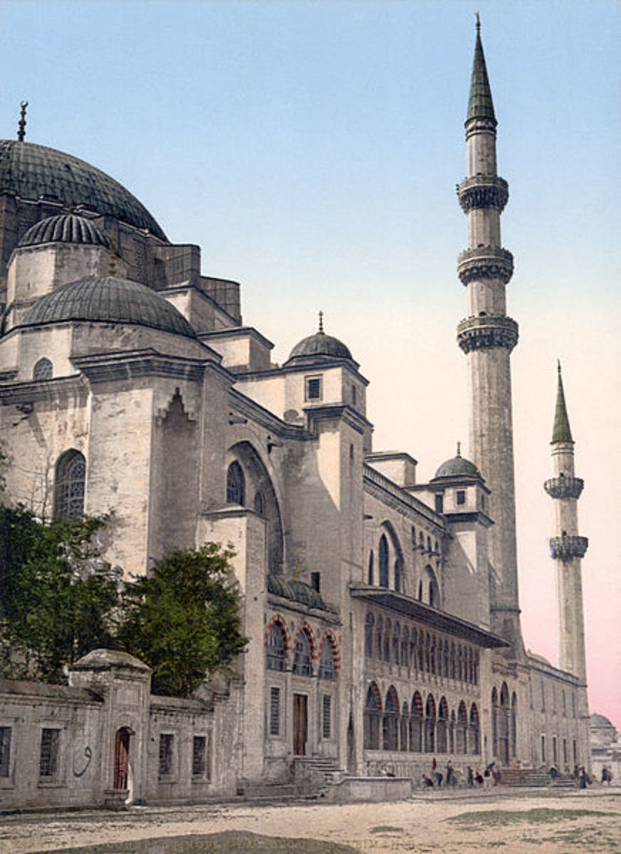 Sultan Ahnmed Mosque, also known as the Blue Mosque in Istanbul, Turkey.