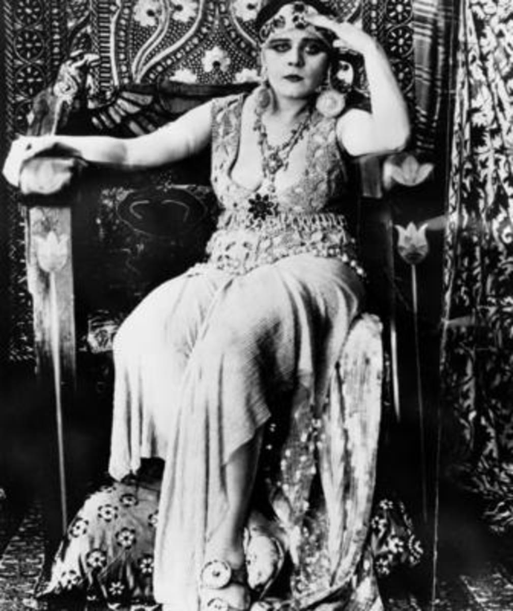 Cleopatra 1915